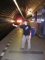 Mata stopuje metro
